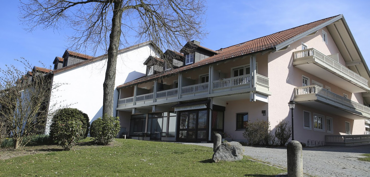 Bad Griesbach Hotel Mit Bademantelgang Zur Therme